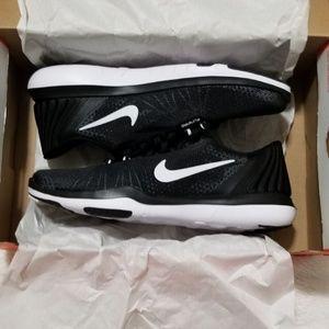 Nike® Women's Flex Supreme TR 5 training shoe